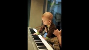 2012 02 12 Pianoman