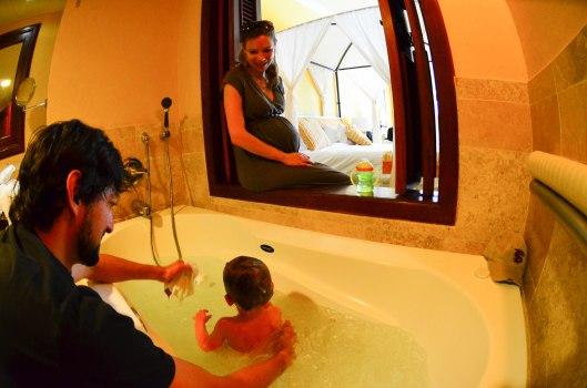 2012 12 30 A Real Bathtub-3