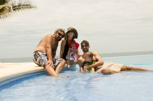 2013 08 01 Puerto Escondido- The Pool-9