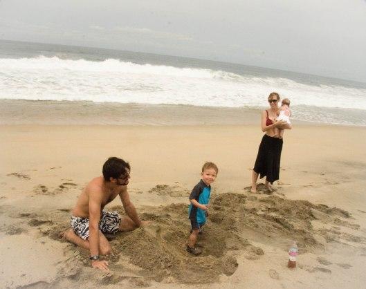 2013 08 02 Puerto Escondido- The Beach-11